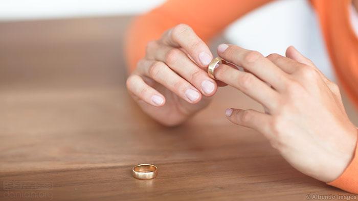 新加坡:丈夫婚后变性,婚姻被判无效