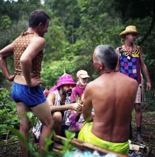 澳大利亚同性恋社区只有男人,随时随地激吻,男男之间竟也有小三