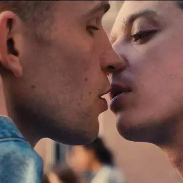 同性高潮戏,只有这部电影拍得惊心动魄