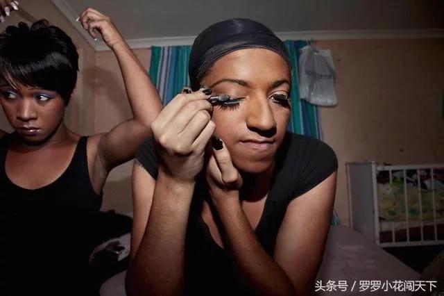 非洲同性恋真实的生活百态,恐同现象严重!