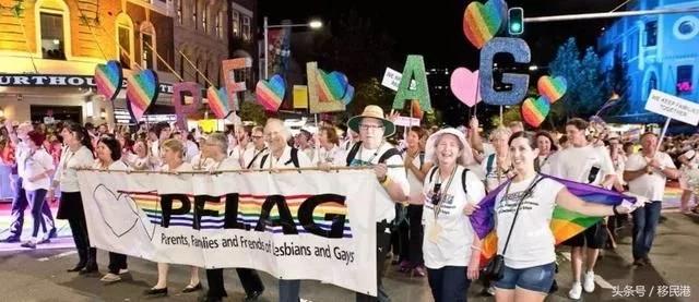 """018年悉尼大型同性恋游行即将开始"""""""