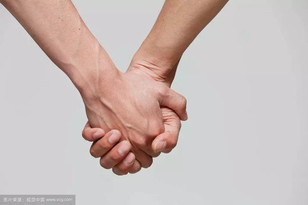 人民日报评论:性倾向不止一种 同性恋不是精神疾病