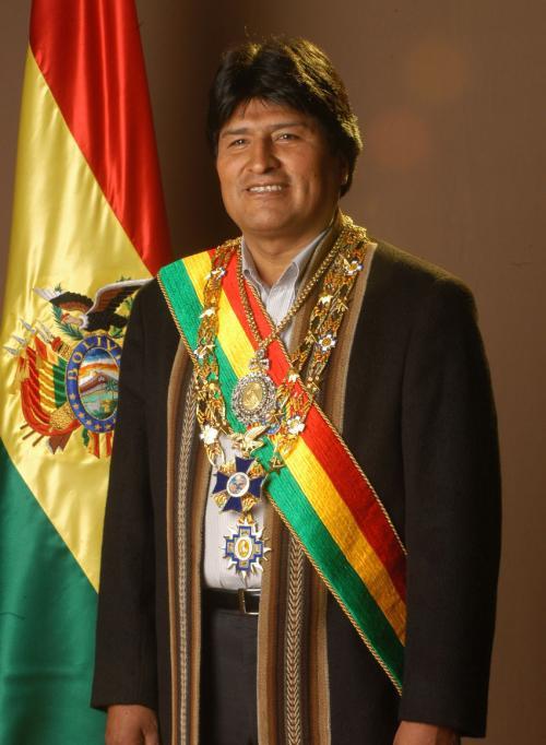 玻利维亚总统:转基因鸡肉导致男性同性恋