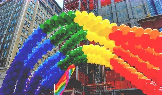 """这个""""国际不再恐同日"""",果壳和同性恋者与恐同者聊了聊"""