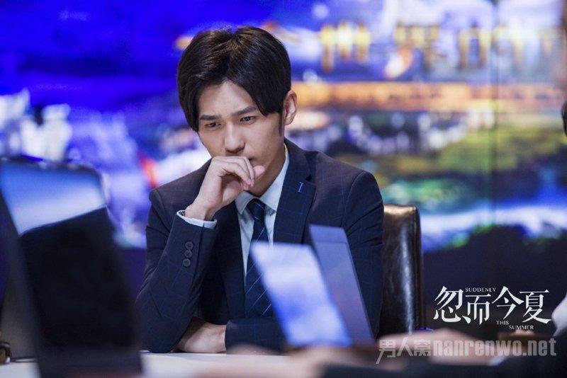忽而今夏白宇几字发型为什么丑 是刘海出了问题!