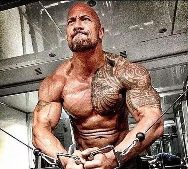 帅气不等同于娘炮,不管女生喜不喜欢,但男人就该有点肌肉