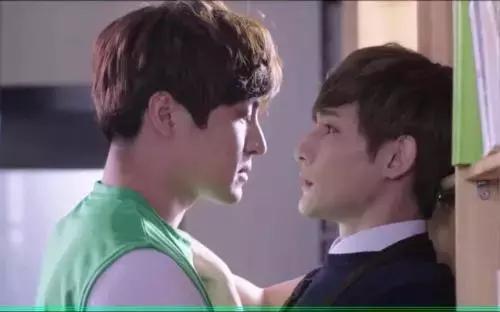 《双程1》:我当你是兄弟,你TM却想上我!