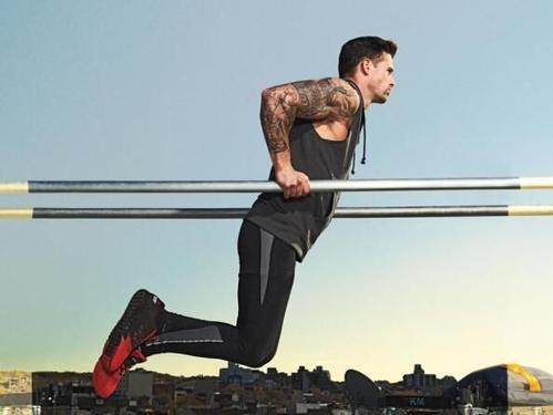 无器械锻炼胸肌,让你在家里也能变型男