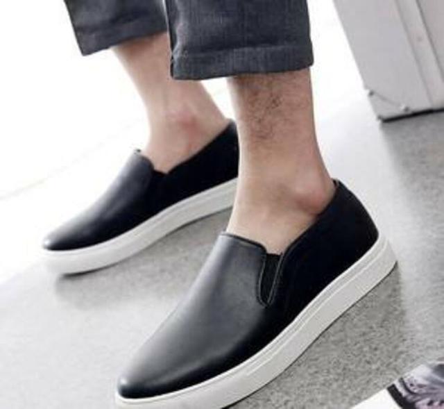学会搭配休闲鞋,轻松甩开皮鞋的沉重