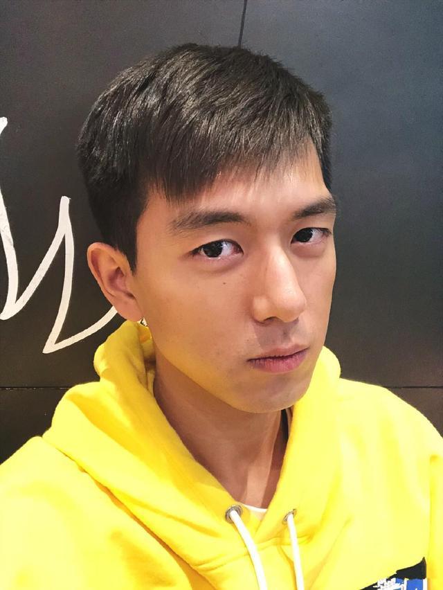 一部偶像剧让李现爆红,随他一起火的还有这款发型,太帅气了