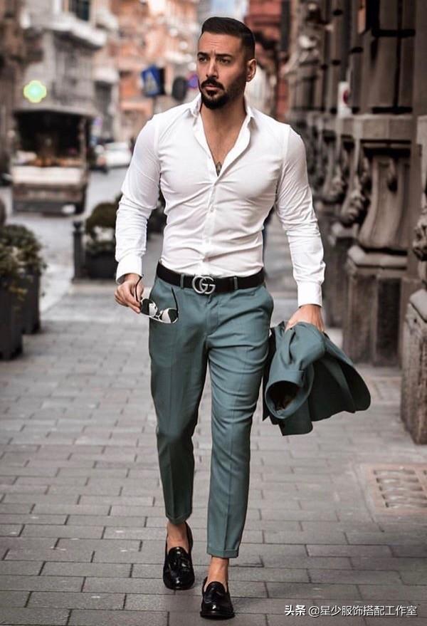 高手穿衣讲究品位,傻瓜穿衣讲究昂贵