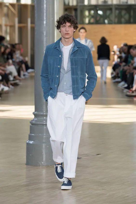 能穿好白色裤子的男人,魅力都不会差!这样穿造型优雅时髦