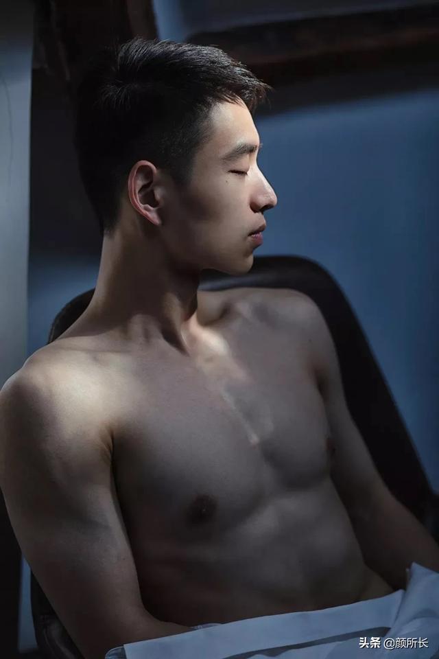 照片被多次盗用的肌肉帅哥,你在不撸帝上见过他照片吗?